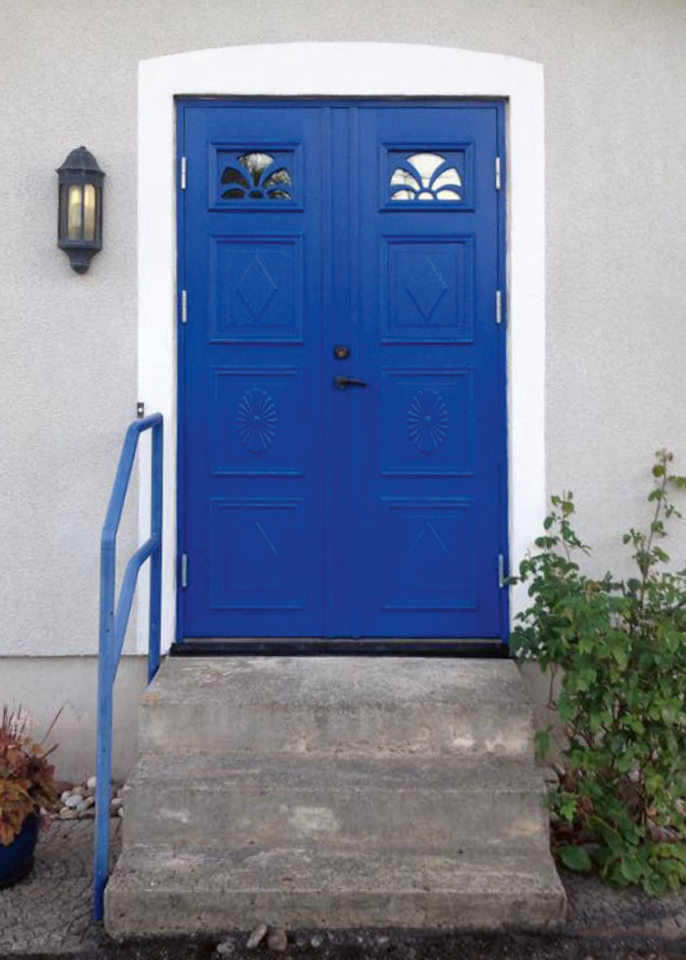dan-roos-bygg-blue-door